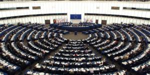 È giunto il momento per la Commissione Europea di imporre la trasparenza nelle catene di fornitura dell'abbigliamento